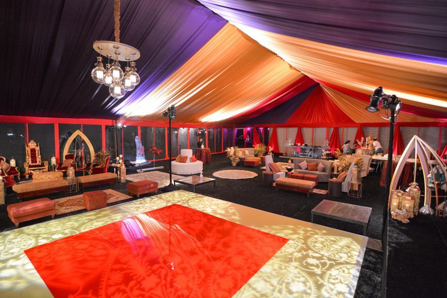 Tent Rental with Linen Liner