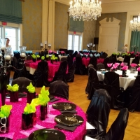 Funky Rental Tablescape with a Bright Color Scheme
