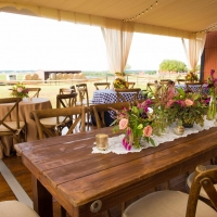 Eye Catching Rustic Tablescape