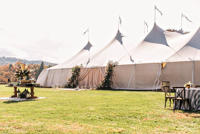 Outdoor Structure Tent Drapery in Summer Design Ideas by Katie Stoops Photography