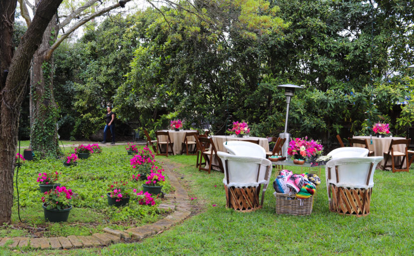 An Inside Look at a San Antonio Backyard Wedding ...